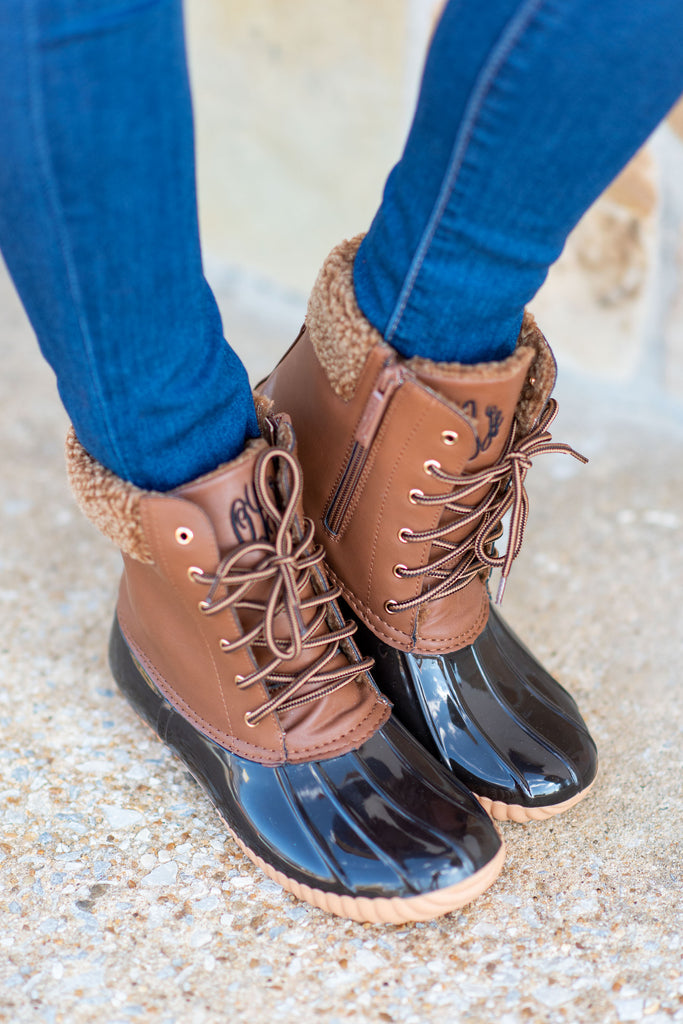 shoes, boots, duck boots, blue, brown, fall shoes, winter shoes, winter boots, navy, short, lined