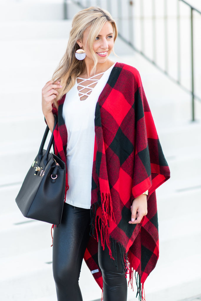 Lost In Love Open Poncho, Red-Black