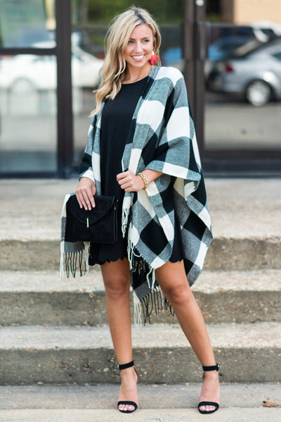 Lost In Love Open Poncho, White-Black