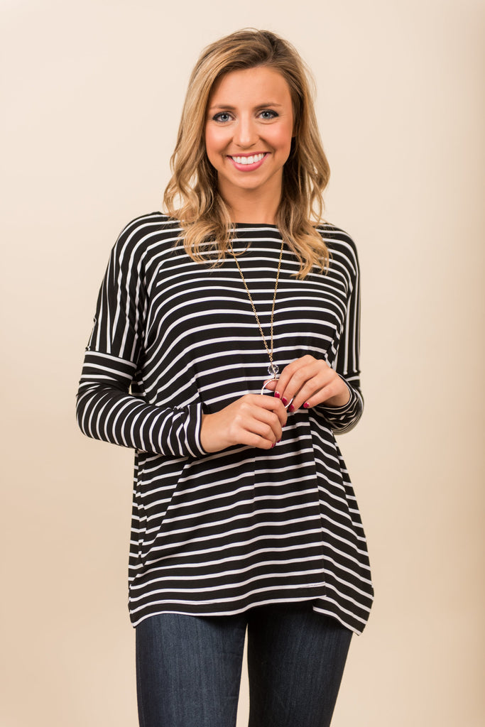 Jump In Line Piko Top, Black-White