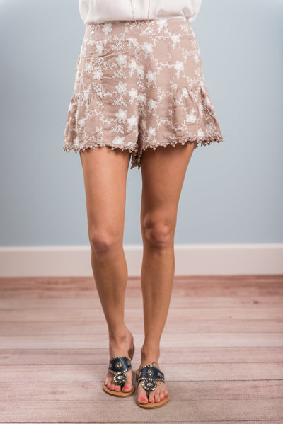 Always Agreeable Shorts, Taupe