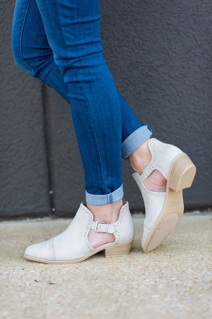 Ahead Of The Game Booties, Oatmeal