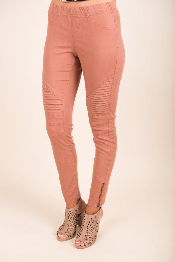 Edgy Invasion Leggings, Blush