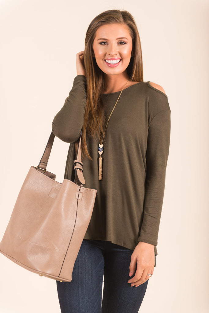 The Most Wanted Top, Olive