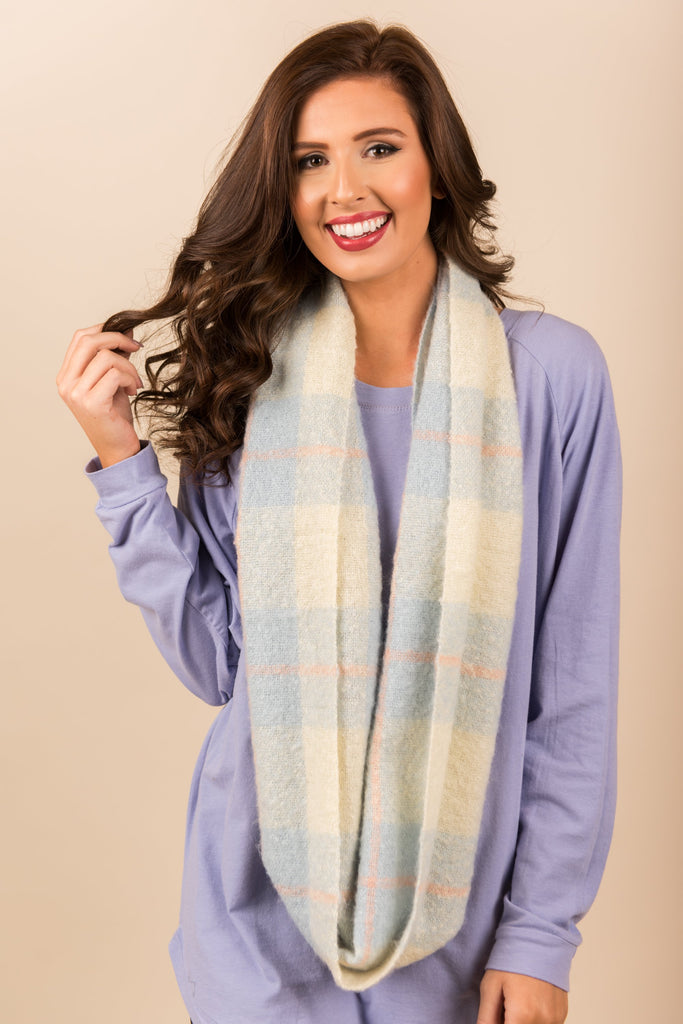 Getting So Chilly Scarf, Light Blue