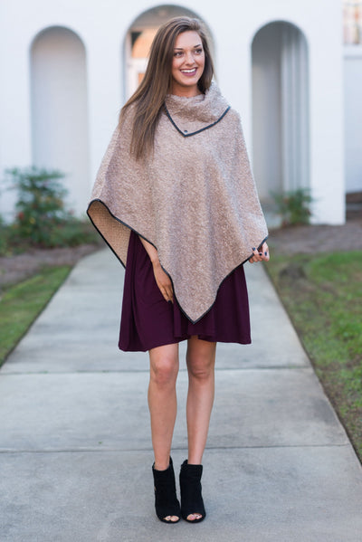 Chic In The City Poncho, Latte