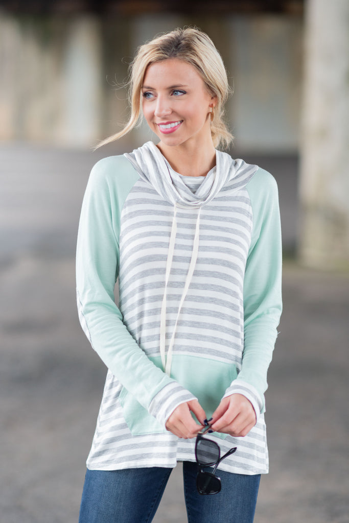 Chill Vibes Top, Gray-Mint
