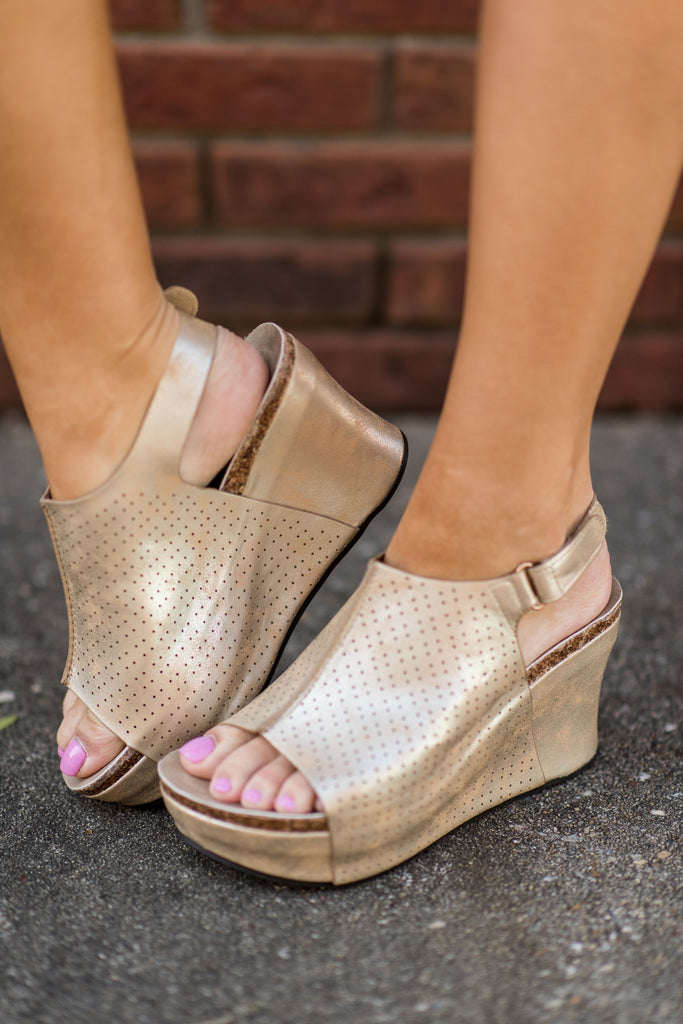 Got You Covered Wedges, Gold