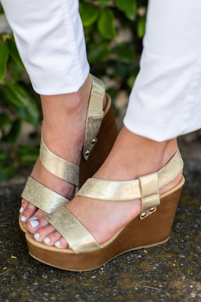 Looking My Way Wedges, Gold