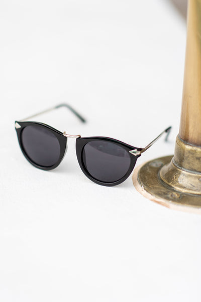 Follow Your Arrow Sunglasses, Black-Silver