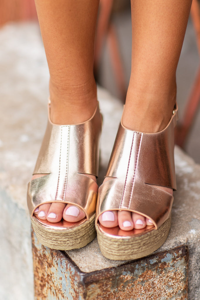 fc5f630e992 ... Can t Stop Your Shine Wedges