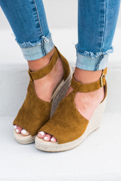 Believe In Happy Wedges, Tan