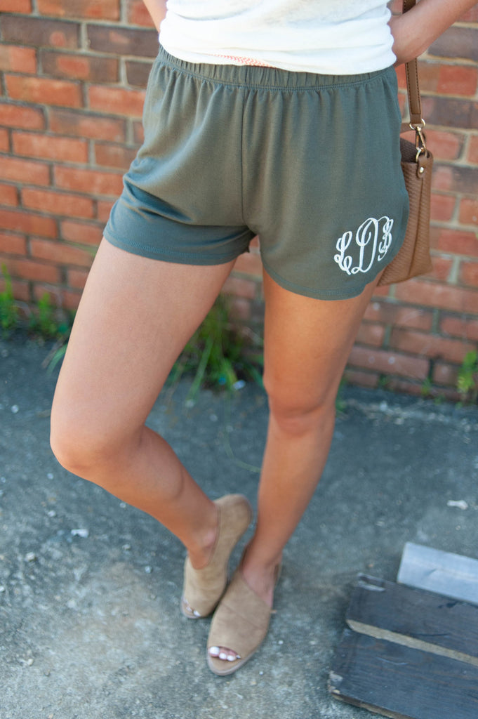 Running To You Shorts, Olive