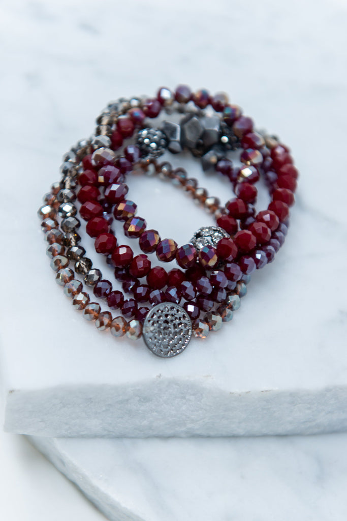 bracelet, accessories, beaded, black, maroon, red, jewelry, fall