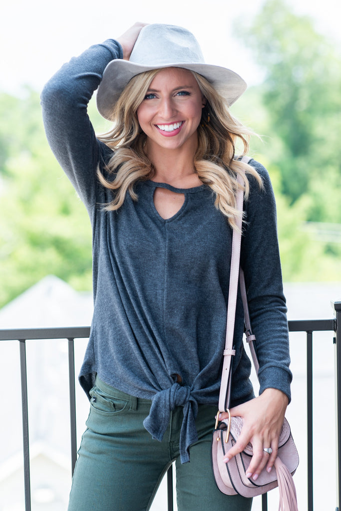Chic Escape Top, Charcoal