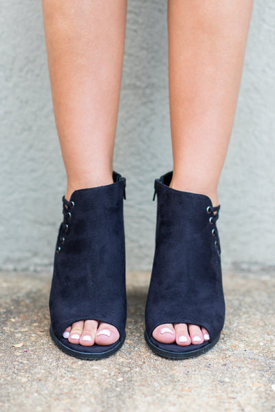 Chic Street Booties, Black