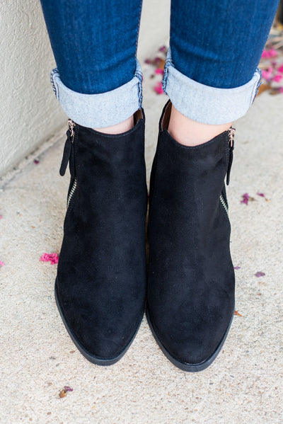 The Trendsetter Booties, Black