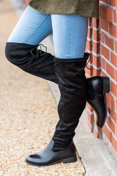 Living For Fab Boots, Black