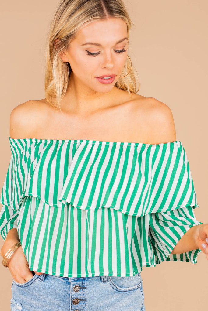 cropped hemline, ruffle details, stripes, crop top, striped crop top, green, off shoulder neckline, flowy