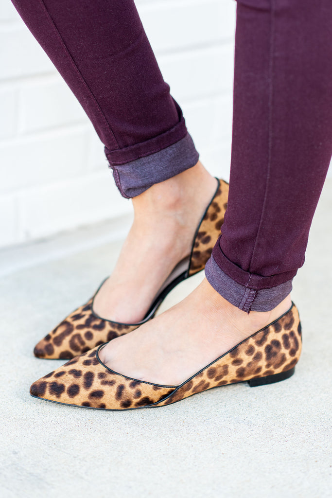 shoes, flats, close toed, booties, fall shoes, fall clothing, slip on, cheetah, animal print, leopard print, brown, pointy, work