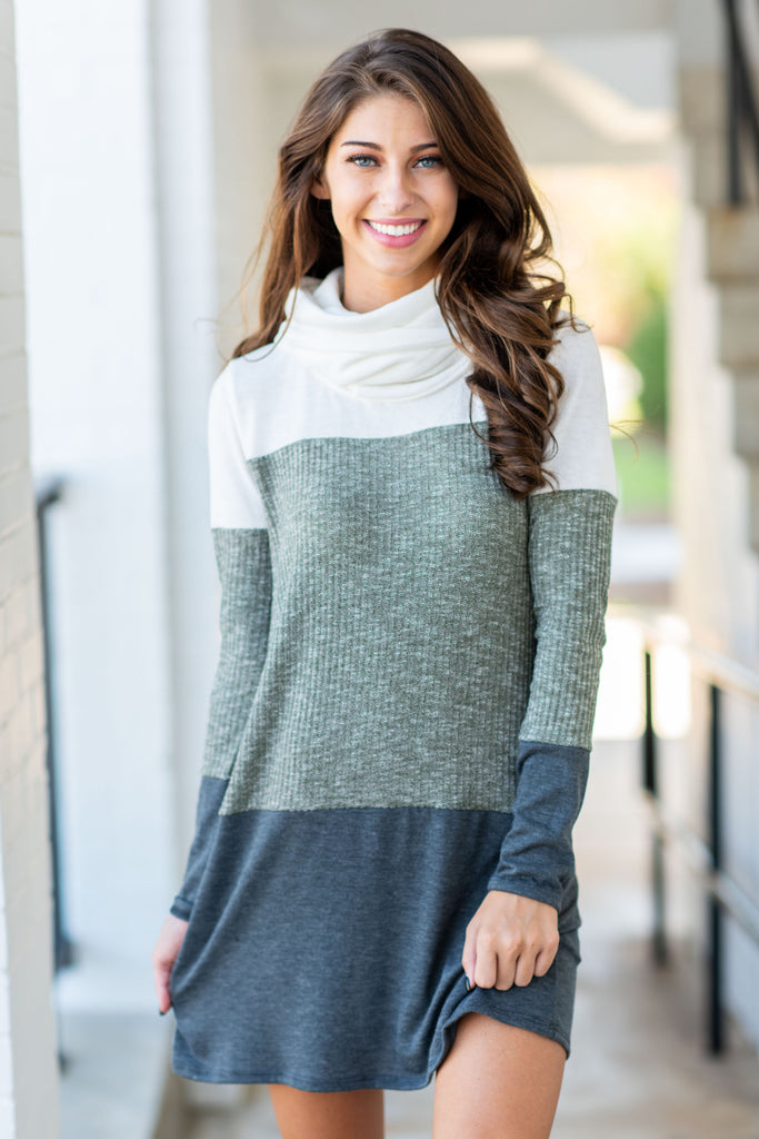 Happy And Cozy Dress, Olive
