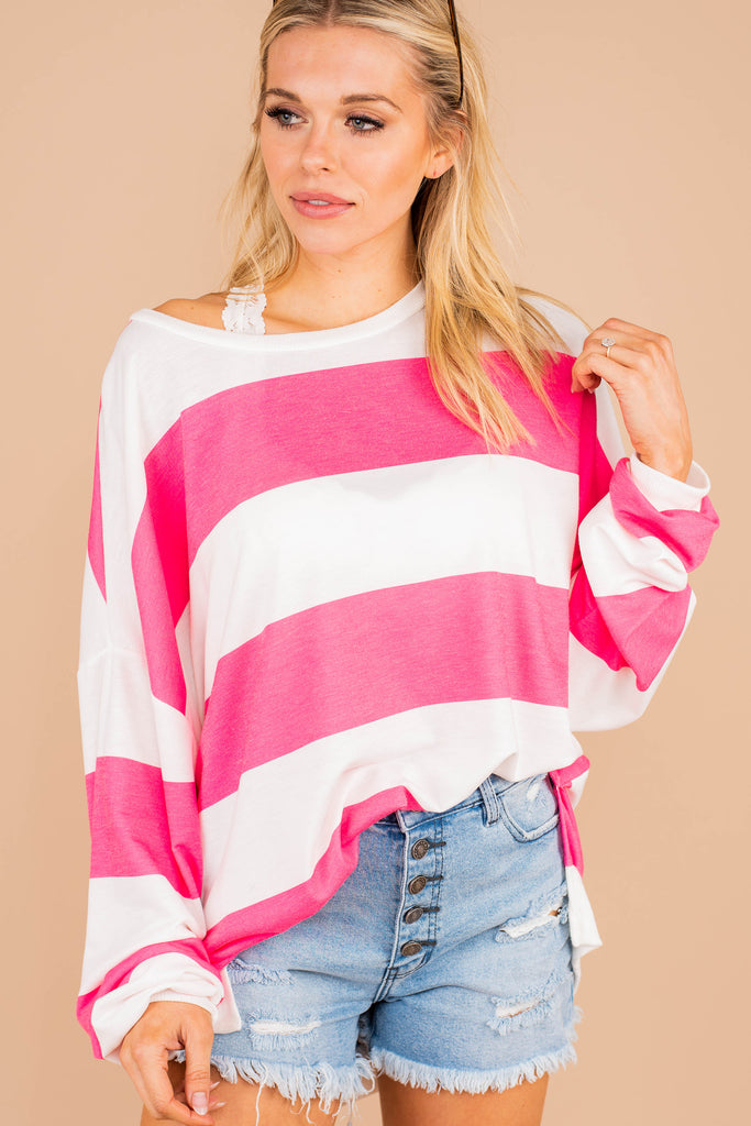top, round neckline, long sleeves, pink stripes, chunky stripes, generous fit, comfy, casual, generous fit
