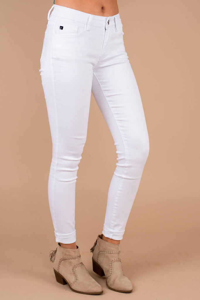 skinny jeans, jeans, white jeans, belt loops, skinny tapered legs, comfy