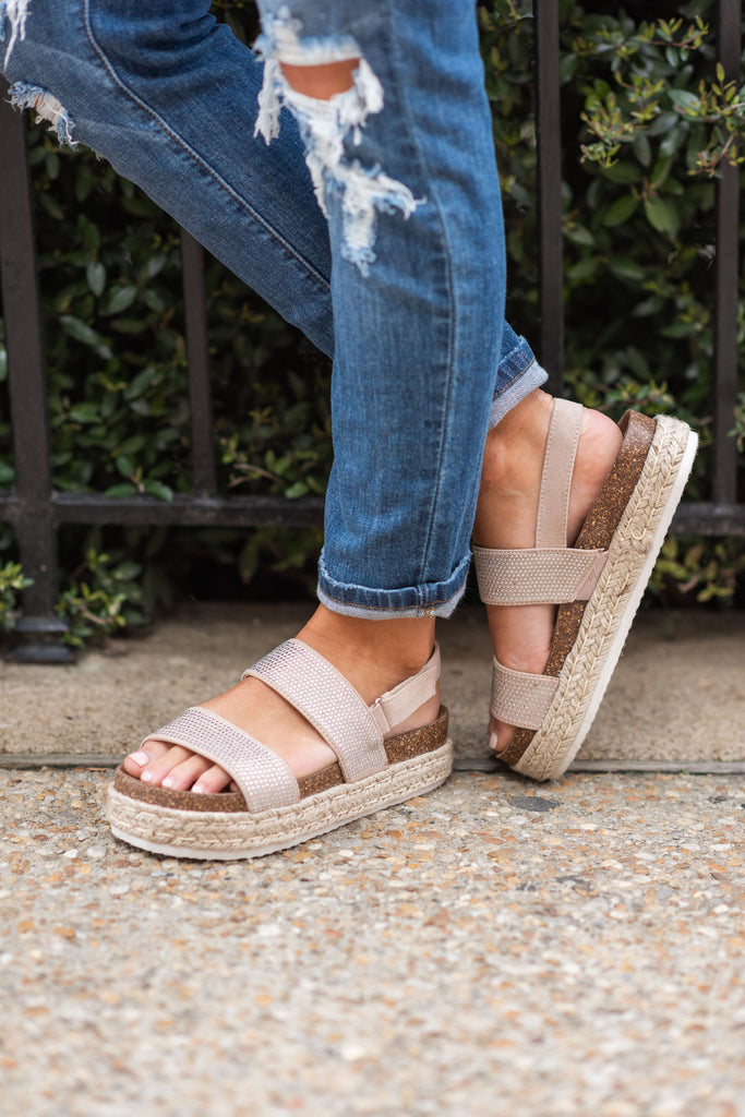 Unforgettable Fun Platform Sandals, Nude