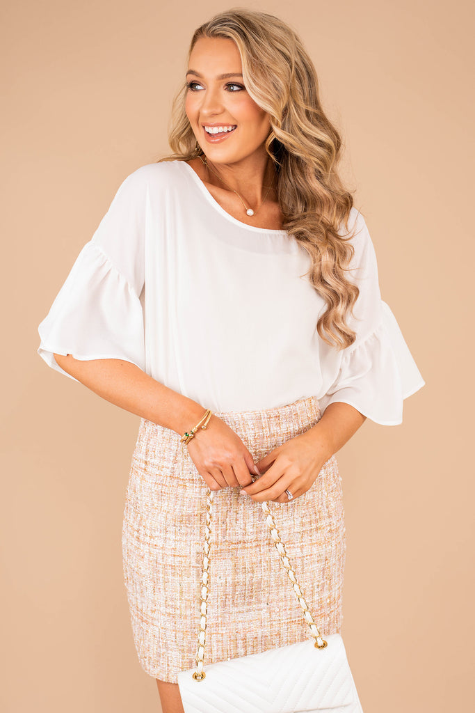 top, short bell sleeves, round neckline, white, white top, comfy, ruffled sleeves