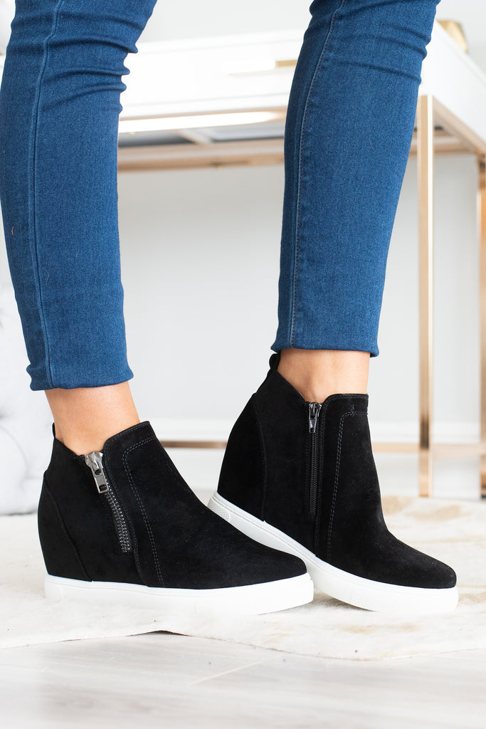 shoes, wedges, platform sneakers, black wedges, black wedges sneakers, black wedges sneakers with zippers, black wedges with zippers, black sneaker with zippers, black sneaker with wedges heel, closed toe wedges, closed toe shoes,