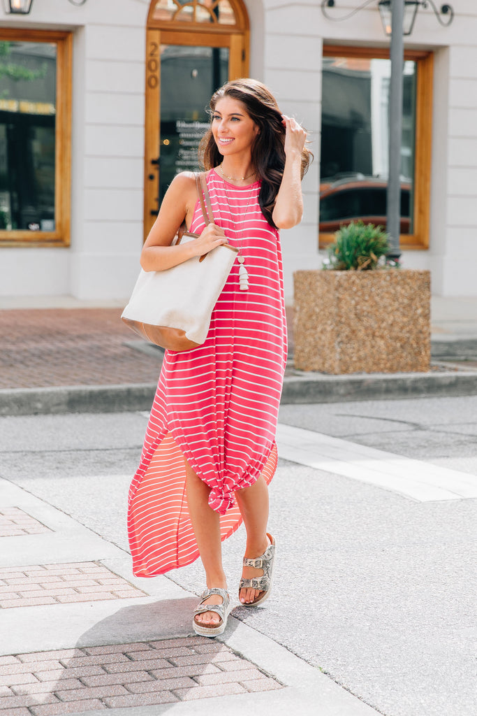 dress, maxi dress, stripes, striped maxi dress, vacation maxi dress, summer maxi dress, fall maxi dress, red, white, pink, red and white, red and pink, comfy, tied maxi dress, knotted maxi dress, slit hemline, pockets