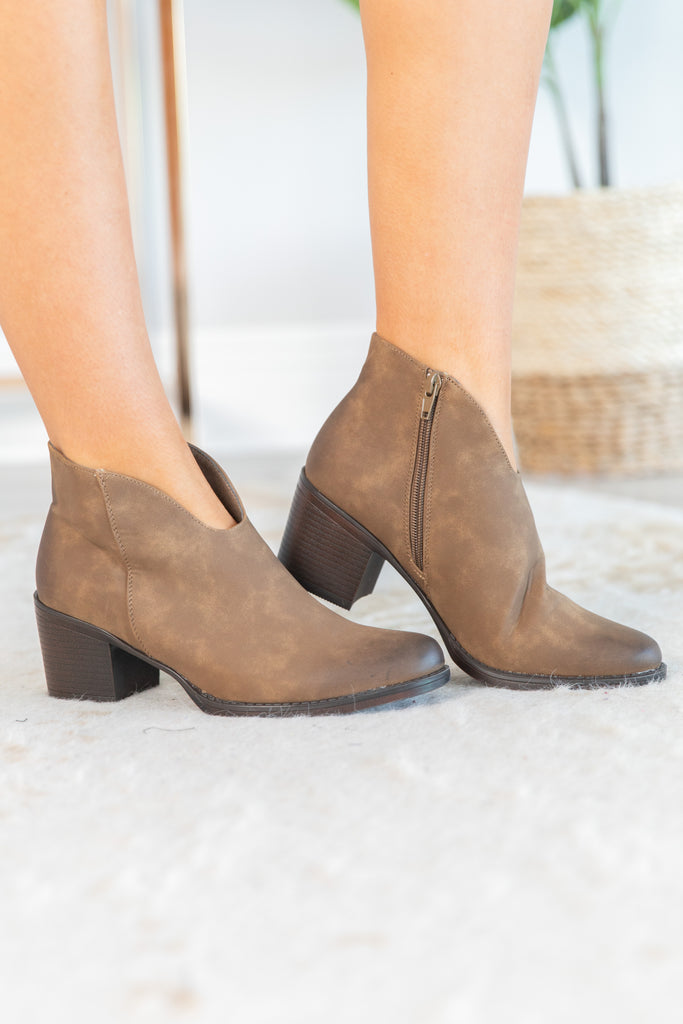 shoes, booties, ankle boots, brown ankle boots, brown booties, brown shoes, short heel booties, short heel ankle boots, small heel booties, small heel ankle boots, brown booties with small heel, brown ankle boots with small heel, taupe booties, taupe ankle boots, taupe booties with small heel, taupe booties with short heel, taupe ankle boots with short heel, taupe ankle boots with small heel,