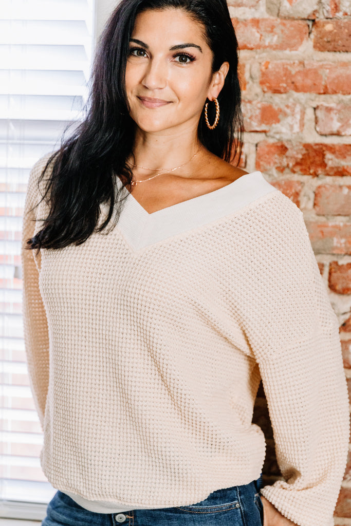 waffle sweater, white waffle sweater, waffle top, white waffle top, v neck sweater, v neck top, white v neck waffle sweater, white v neck waffle top, generous fitting sweater, generous fitting top, casual top,