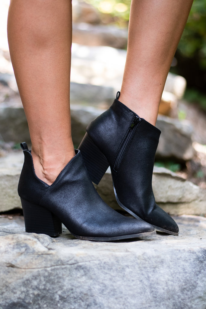 shoes, booties, chunky heels, comfy booties, black, black booties, unique ankle cut, side zip closure booties, fall, fall booties