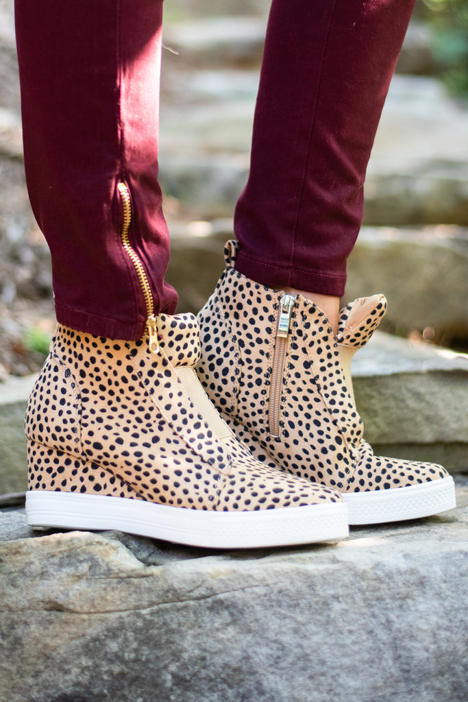 shoes, sneakers, leopard, fall, edgy, chic, side zip shoes, wedge heel shoes, solid color shoes, leopard shoes