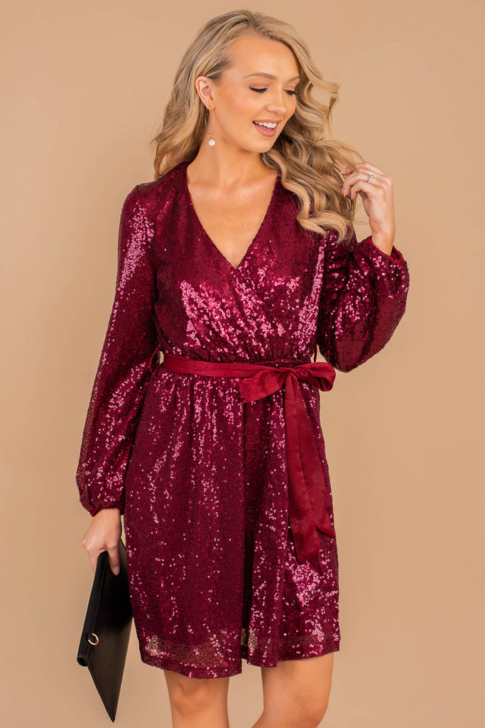 v-neck, long, bubble sleeves, sequins, tied waist