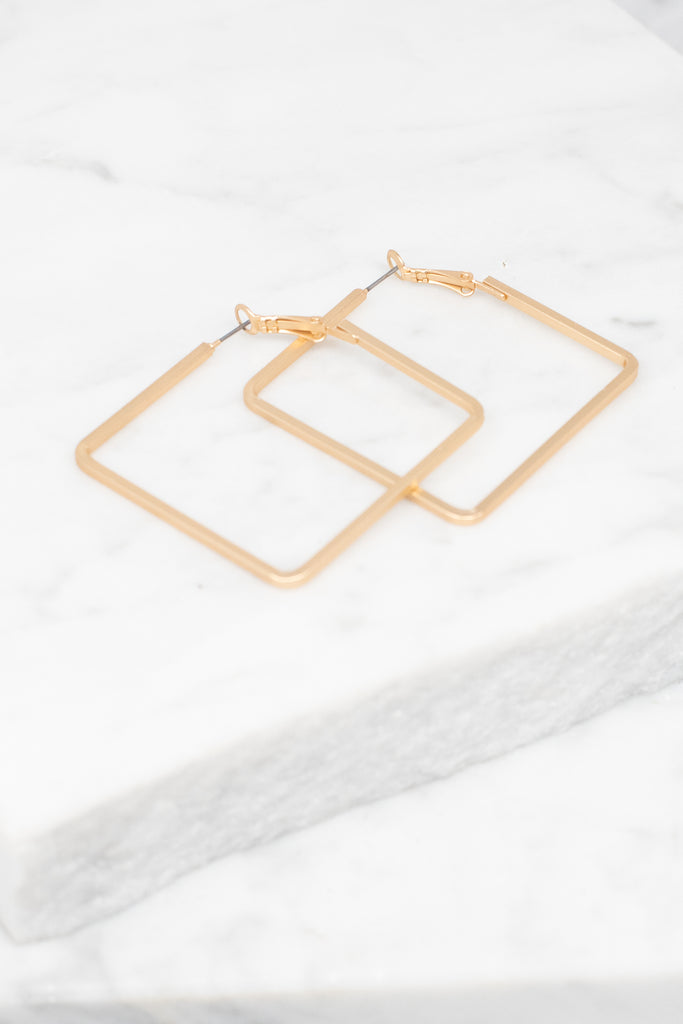 earrings, accessories, squared earrings, gold earrings, gold squared earrings