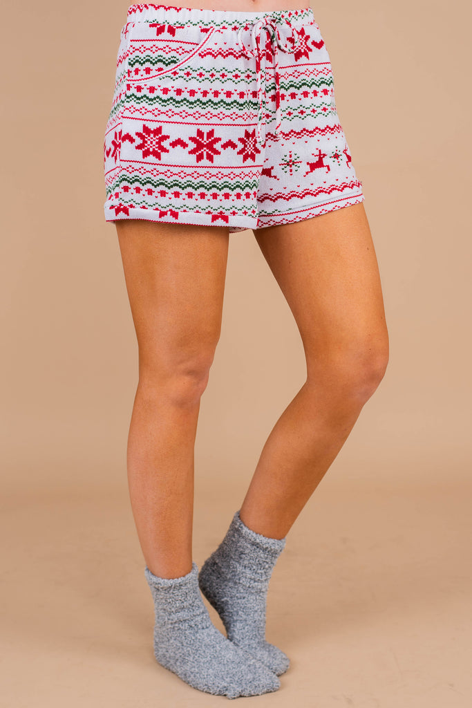 pajama shorts, tied waist, pockets, winter print, white, classic, comfy, set, pj shorts