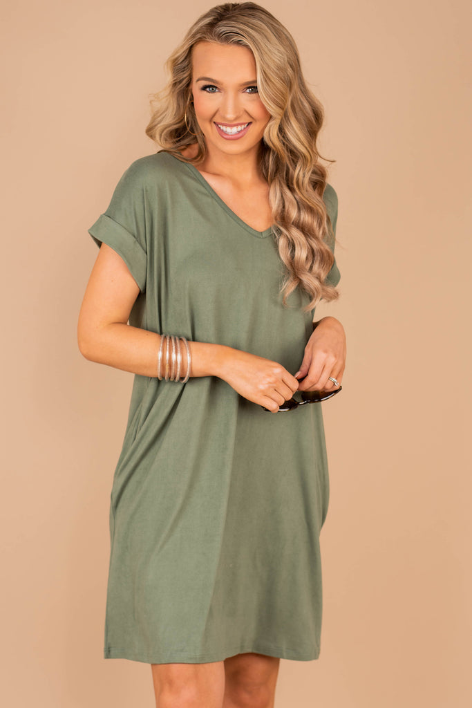 dress, classic t-shirt dress, v-neckline, pockets, solid coloring, jersey knit fabric, casual, classic fit, soft, green