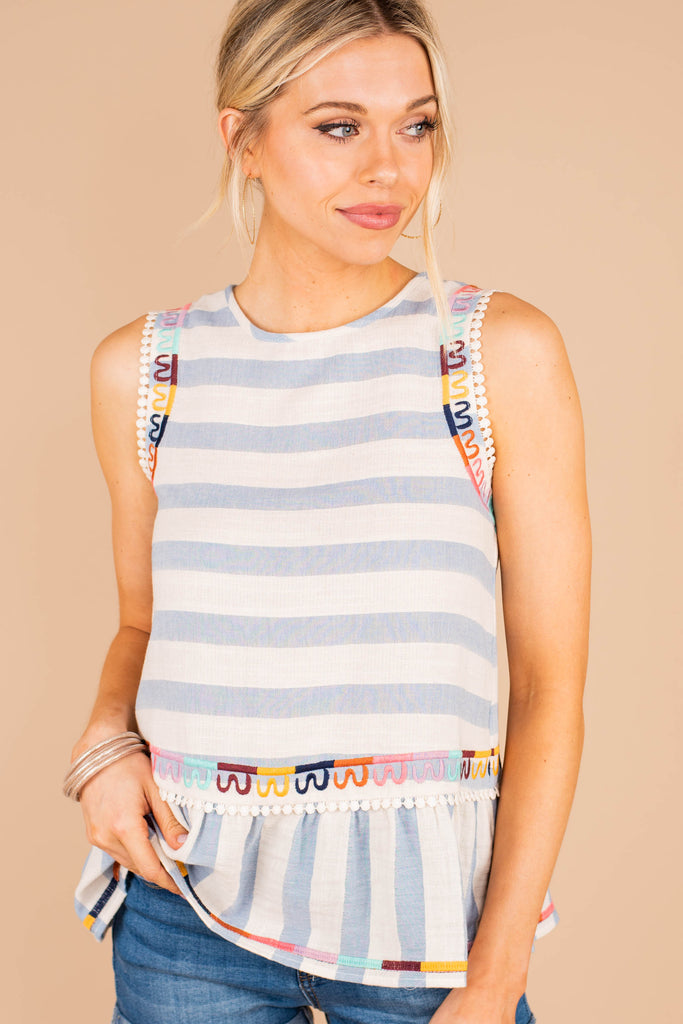 keyhole back, tank, embroidered, stripes, blue, round neckline, rainbow crochet detailing