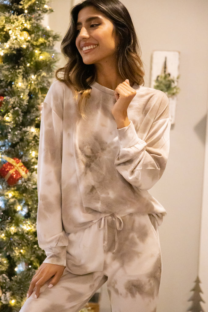 Cozy Specialist Taupe Brown Tie Dye Pullover