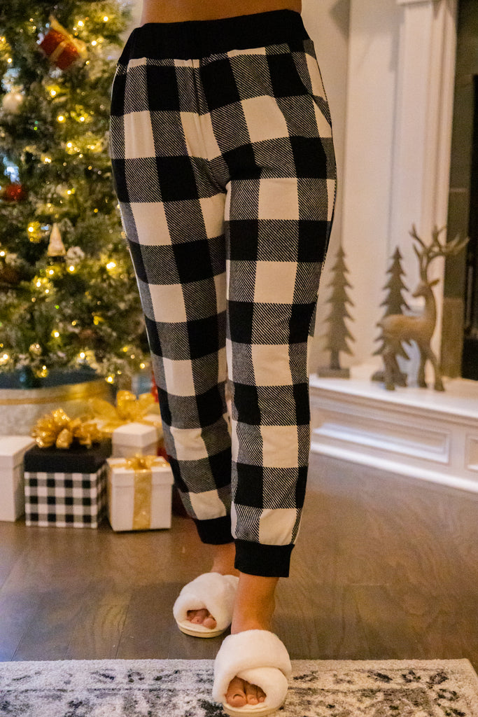 In The Right Place White and Black Buffalo Plaid Leggings