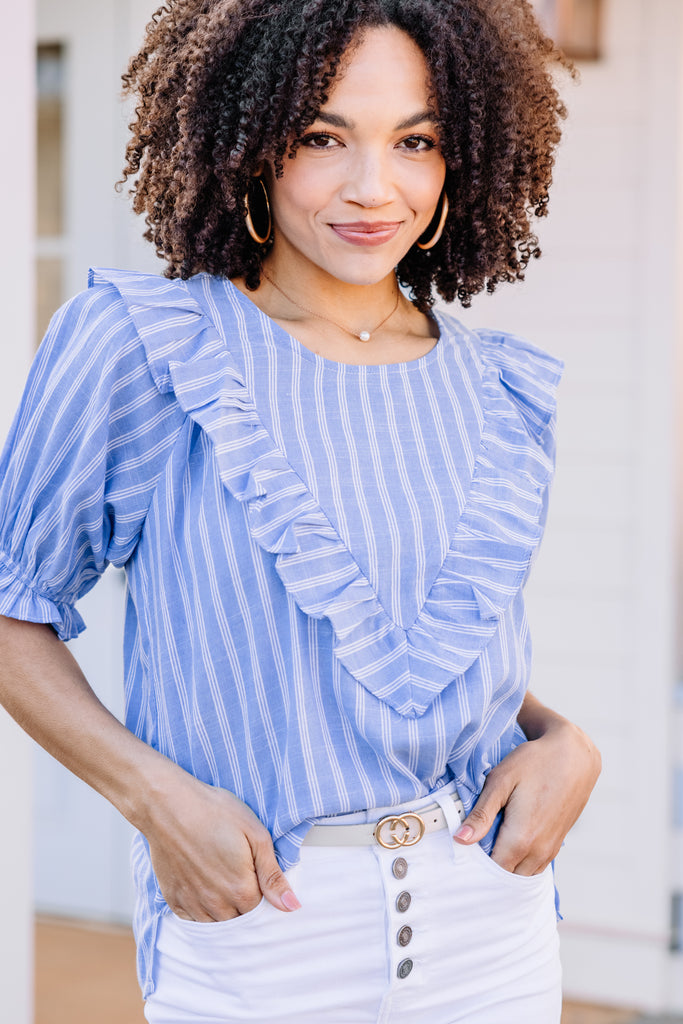 striped ruffled blue top