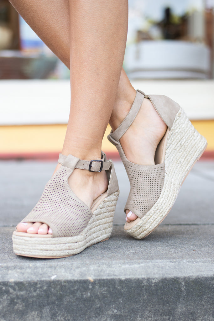 Looking For You Wedges, Taupe