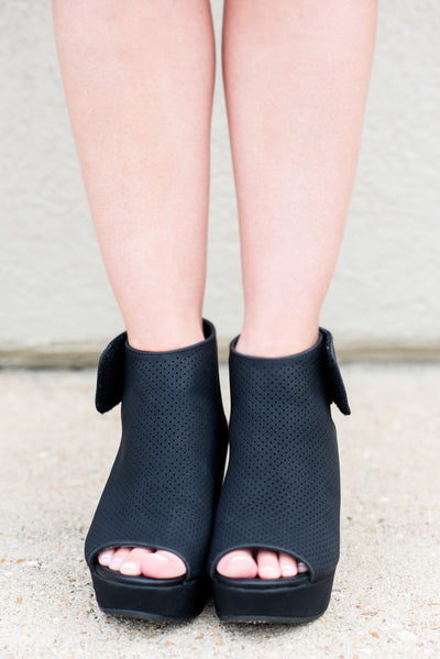 Treat yourself Wedges, Black