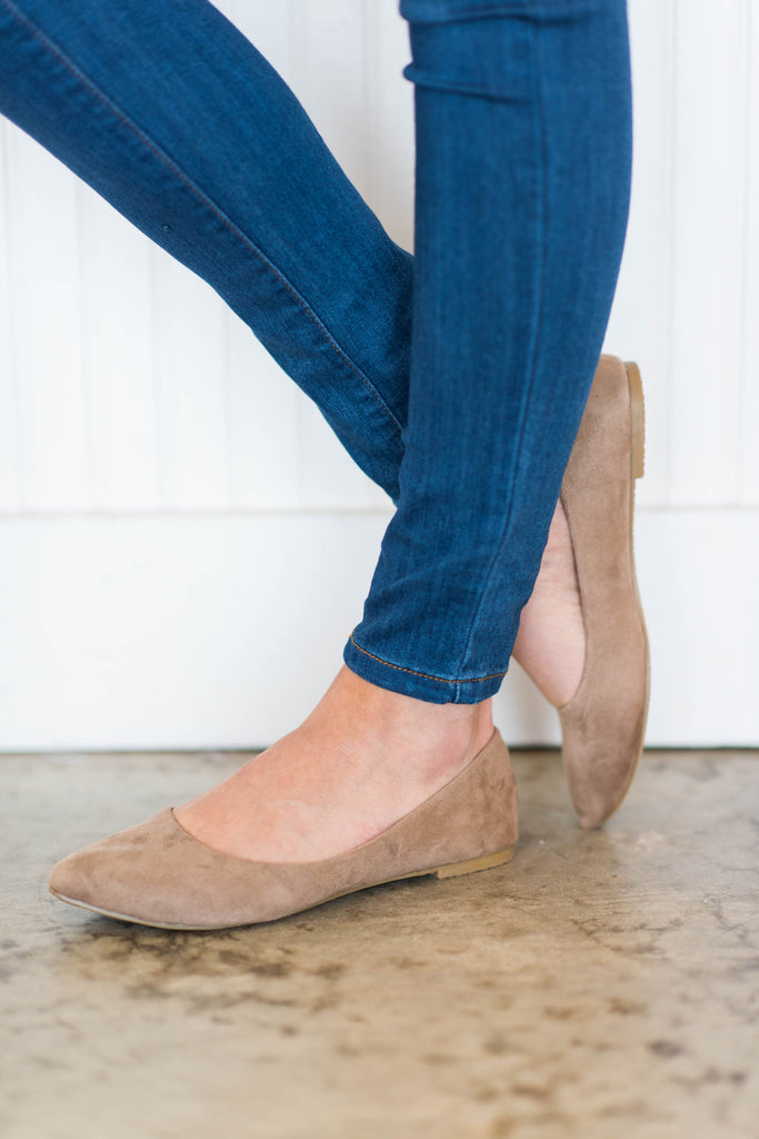 shoes, flats, close toed, fall, winter, taupe, brown, trendy, solid, everyday, maternity, neutral
