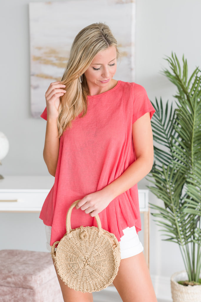 Every Day Moves Top, Coral