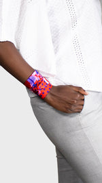 Twilly Twirly Wanderland Wonderland African Artist How to arm wrist jewelry red