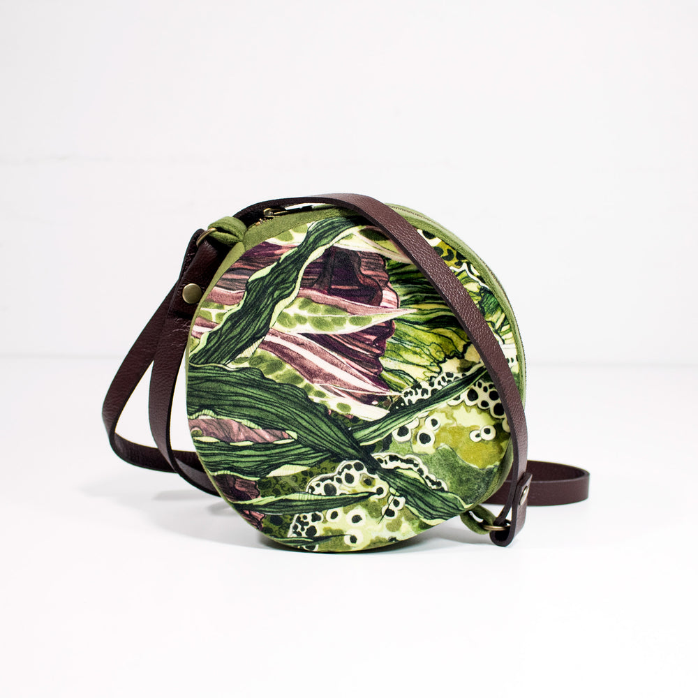 Oceanum Moss Embroidered Velvet Circle Bag