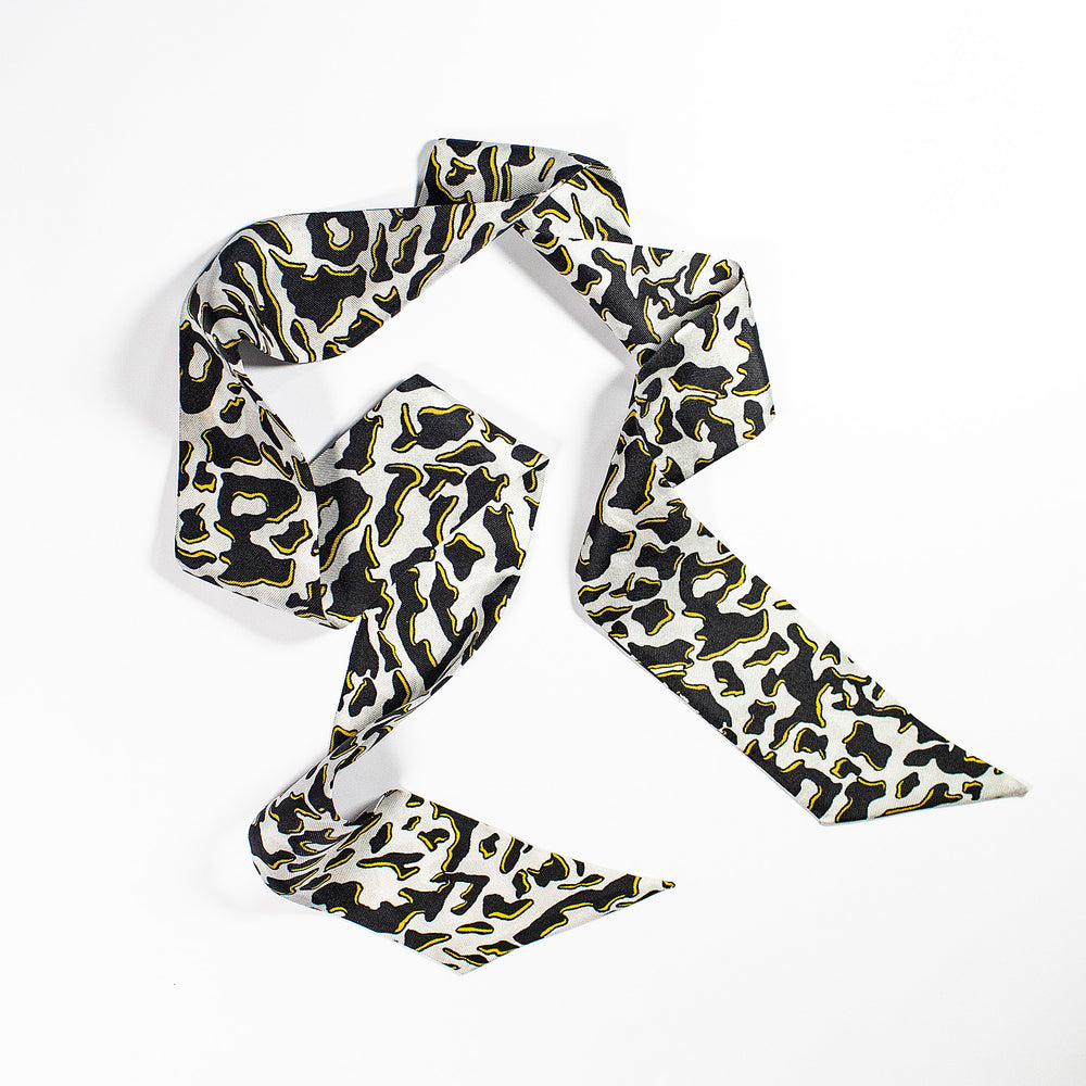 Zhi Zulu Leopard Ebony Ivory Silk Twilly